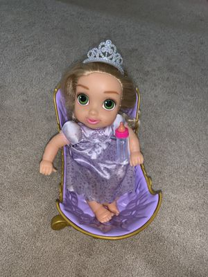 Baby Sofia with crib bed and feeder for Sale in Woodbridge, VA