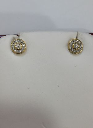 Diamond 10 K Y ear rings for Sale in Plano, TX