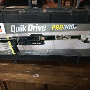 """Quick Drive Pro300s Can Use 1 1/2""""-3"""" Screws Paid $460 Asking $250 for Sale in Hubbard, OR"""