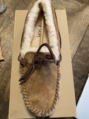 Ugg slippers for Sale in Fort Worth, TX