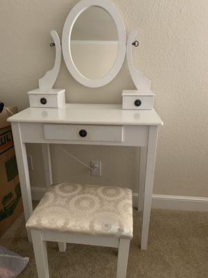 White Vanity Table for Sale in San Francisco, CA