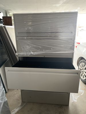 Filing cabinet for Sale in Los Lunas, NM