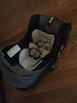 Portabebe / car seat for Sale in Dallas, TX