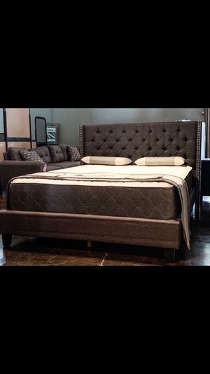 King dark linen bed with mattress and free delivery for Sale in Mesquite, TX