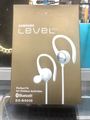 Samsung Level Active Wireless Bluetooth Headphones (WHITE) 🌟🌟 BRAND NEW SEALED!!! 🌟🌟 for Sale in New York, NY