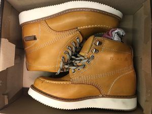 Hammer Work Boots Size 6-6.5 for Sale in Lynwood, CA
