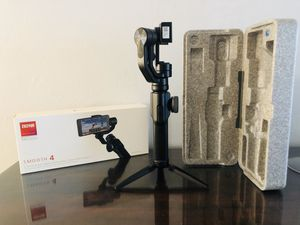 Zhiyun smooth 4 gimbal stabilizer for Sale in Miami, FL