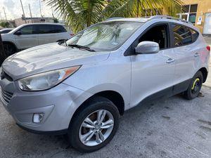 2013 Hyundai Tucson parts for Sale in Miami, FL