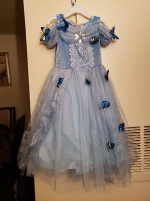 Princess dresses . Elena dress and crown $20 size:5-6. Elsa dress and crown $20 size small 4-6x. New cinderella dress $15. for Sale in Mesquite, TX