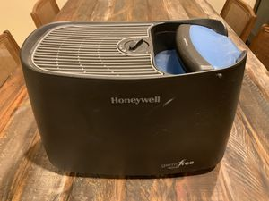 Honeywell Germ Free Humidifier for Sale in Las Vegas, NV