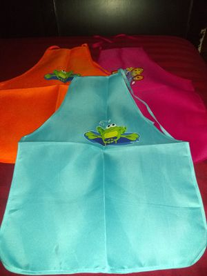 10 kids apron for Sale in Chicago, IL