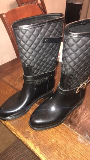Rainboots $20 for Sale in Raccoon Ford, VA