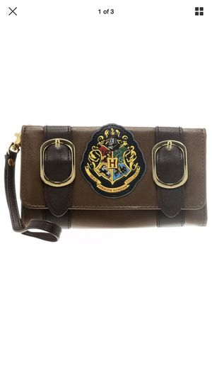Harry Potter Hogwarts Satchel Fold Wallet Wristlet Brown Faux Leather Bioworld for Sale in Miami, FL