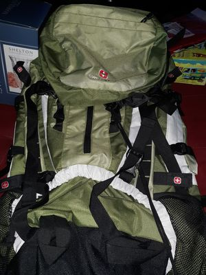 Swiss Gear extra large hiking backpack for Sale in White Plains, GA