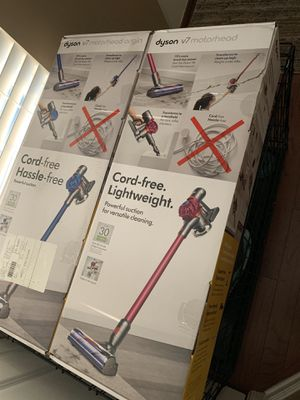 Dyson cordless vacuum for Sale in Charlotte, NC