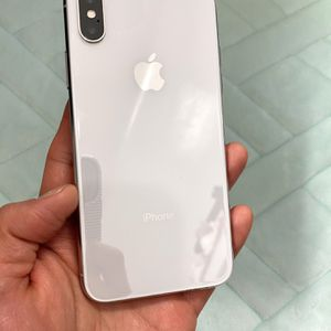 256GB iPhone X White Factory Unlocked (Ten) Silver. for Sale in Queens, NY