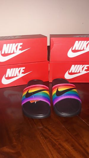 New Nike Benassi JDI Betrue Slide Be True Black/Multicolor for Sale in Los Angeles, CA