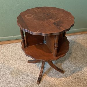 Book Case End Table for Sale in Oregon City, OR