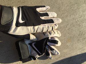 NIKE Baseball/Softball batting gloves for Sale in Tracy, CA