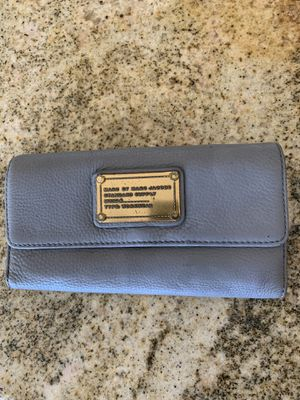 Marc by Marc Jacobs wallet for Sale in Fountain Valley, CA