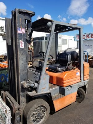 Toyota forklift 5000lbs runs great. for Sale in Clearwater, FL