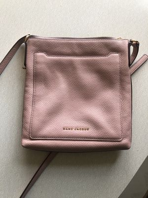 Marc Jacobs Pink Pebbled Leather Crossbody Bag - Used for Sale in Rancho Cucamonga, CA