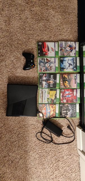 Xbox 360 with 10 games for Sale in Seattle, WA