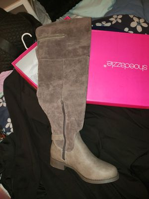 Shoe Dazzle thigh high boot for Sale in Houston, TX
