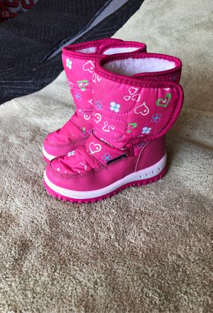 Kids snow boots size 24 months for Sale in Corona, CA