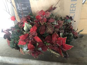 Christmas flower vase for $5 only for Sale in Cerritos, CA