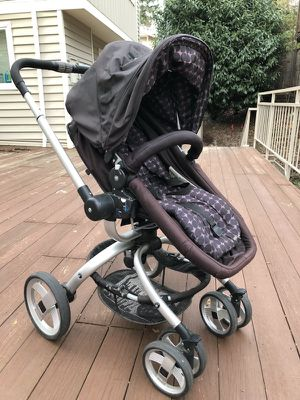 JJ Cole Broadway Stroller with Car Seat Adapter for Sale in Portland, OR