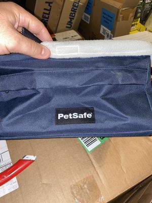 Petsafe Navy Happy Ride Booster Seat For Dogs for Sale in Lancaster, PA