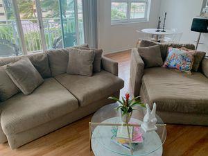 City furniture couch for Sale in Miami, FL