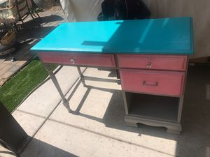 Kids desk for Sale in Avondale, AZ