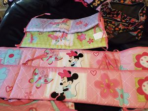 Minnie mouse crib bedding side pieces n quilt for Sale in Berenda, CA