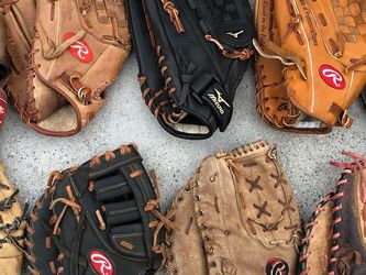 Lefty Baseball Gloves $35 Each Equipment Bats Rawlings Mizuno for Sale in Los Angeles,  CA