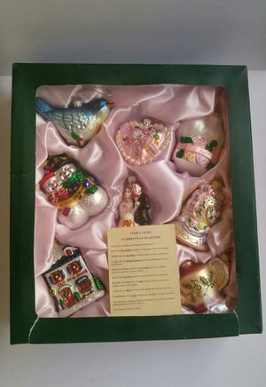 Box of 8 wedding-themed Christmas ornaments for Sale in Chicago, IL