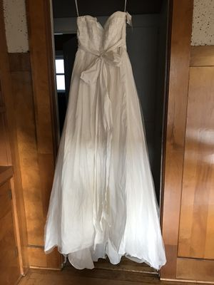 White by Vera Wang bridal gown for Sale in Alameda, CA