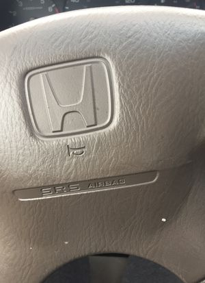 Gold Honda Accord 1998.... ***NO TITTLE WORN BRAKES AND RODOR** for Sale in Salt Lake City, UT