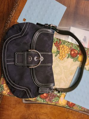 Coach handbag original for Sale in Passaic, NJ