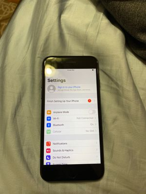 IPhone 7 32GB UNLOCKED for Sale in Silver Spring, MD