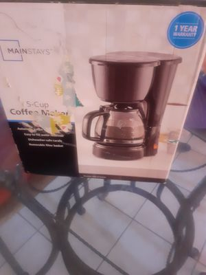COFFEE MAKER for Sale in Moreno Valley, CA