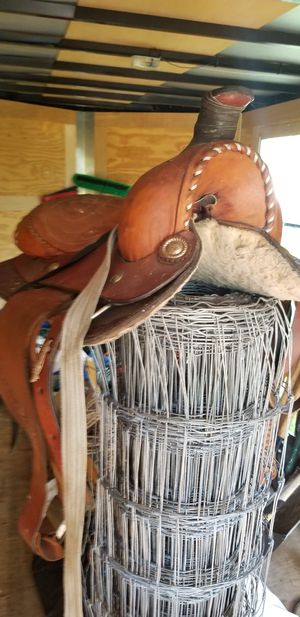 Saddle for Sale in Gibsonton, FL