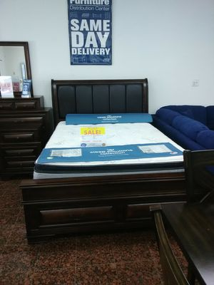 GLORIA QUEEN BED,DRESSER,MIRROR,1 NIGHTSTAND,ADD THE CHEST FOR $299,KING SIZE 1,199,SAME DAY DELIVERY,NO CREDIT CHECK. for Sale in Tampa, FL
