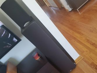 Klipsch Synergy Surround System 7 Speakers, F3, C3,B3, S3 +ENERGY subwoofer for Sale in Oakbrook Terrace,  IL
