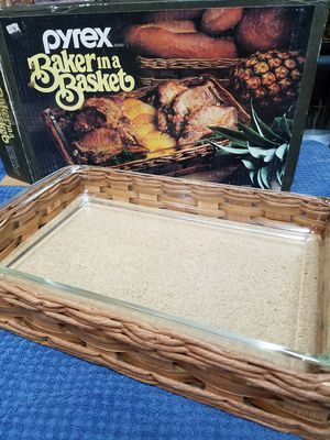 Pyrex Baker In A Basket for Sale in Phoenix, AZ