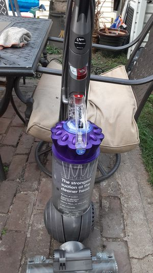 Dyson DC 41 VACUM 550 NEW I'll take a 100 refurbished for Sale in St. Louis, MO