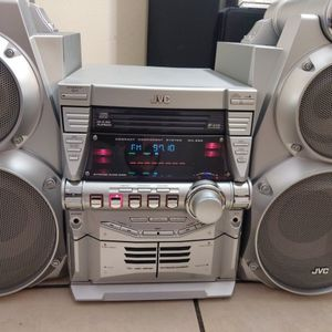 Jvc 500 Watts Home Stereo for Sale in Dallas, TX
