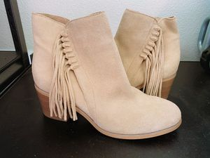 Nude/ Tan Fringe Booties -W9 for Sale in Chino, CA