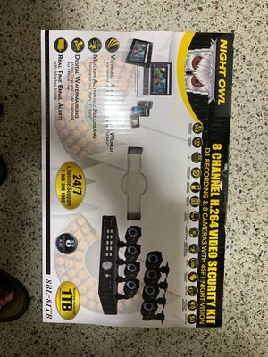 Brand new in a sealed box 8 channels security kit. for Sale in Hialeah, FL